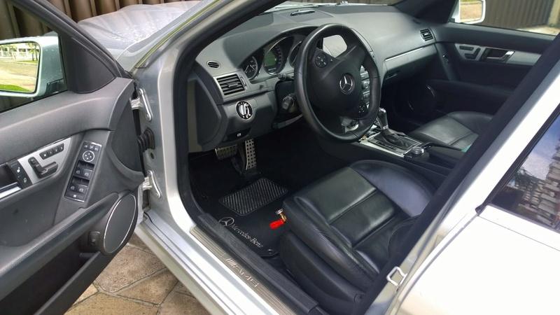 Vende-se W204 C63AMG - 2009 - R$ 134.000,00 Whatsa11