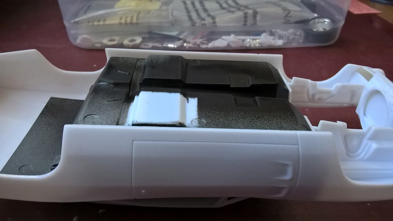 """1970 Charger """"custom"""" (Terminé) - Page 2 9810"""