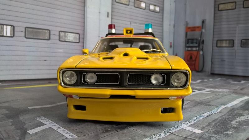 Mad Max Interceptor (jaune) Wp_20161