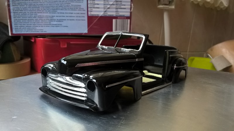 Testors 1948 Ford Convertible Wp_20225