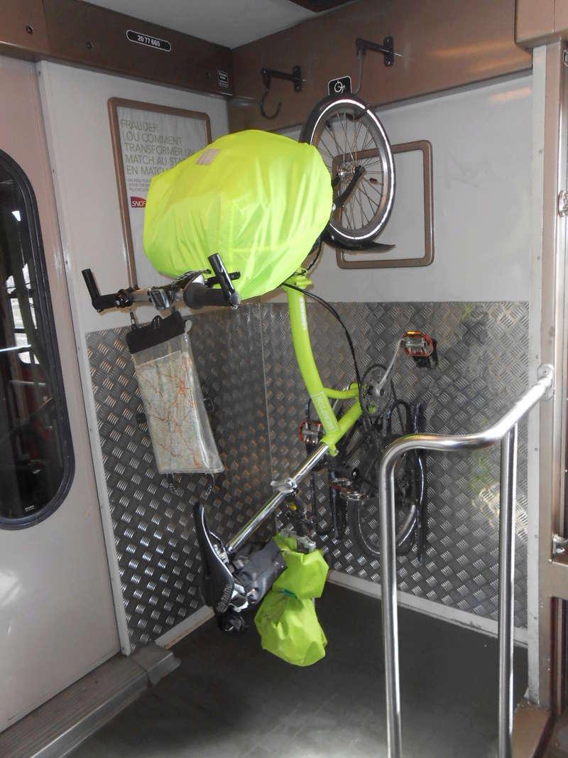 Transports vélo dans les trains entre Lyon et Macon Dscn4011