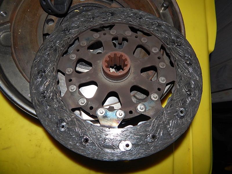 [ BMW E46 320d M47 an 2001 ] Claquement boite vitesse (résolu) Dscn6310