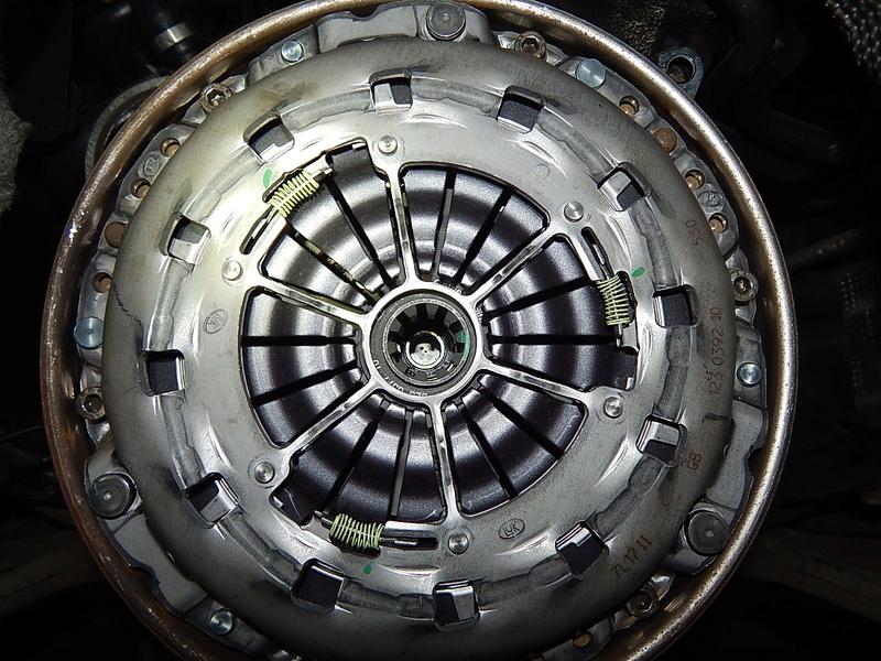 [ BMW E46 320d M47 an 2001 ] Claquement boite vitesse (résolu) - Page 2 Dscn6313