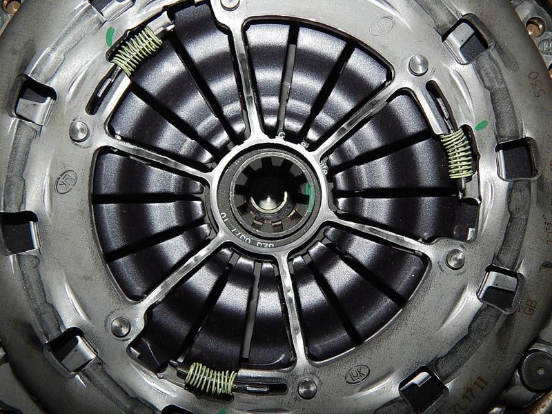 [ BMW E46 320d M47 an 2001 ] Claquement boite vitesse (résolu) - Page 2 Dscn6314