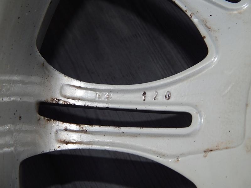 Avis sur jantes alu BMW M (résolu) Dscn6611