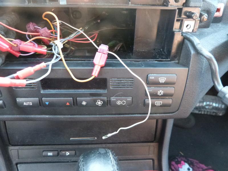 [ BMW E46 330D an 2001 ] Fil inconnu autoradio  P1070717