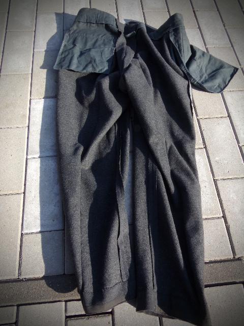 identifiaction pantalon allemand a liseret gris souris  100_0024