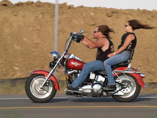Humour en image du Forum Passion-Harley  ... - Page 6 Motos-10