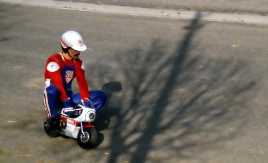 Humour en image du Forum Passion-Harley  ... - Page 5 Motos-11