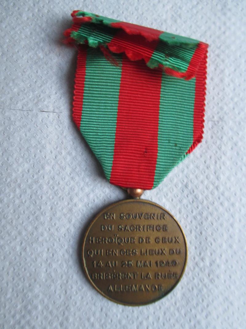Medaille à estimer Img_1722