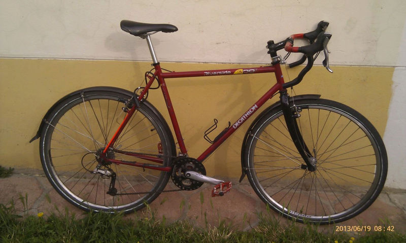 J'ai une paire de roues que je voudrais monter sur un vélo polyvalent. Besoin de conseils. Sans-t12