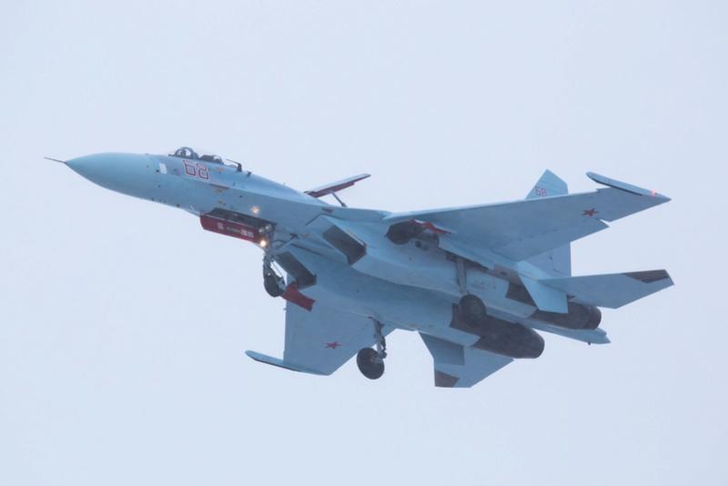 Su-27: News - Page 8 83012d10