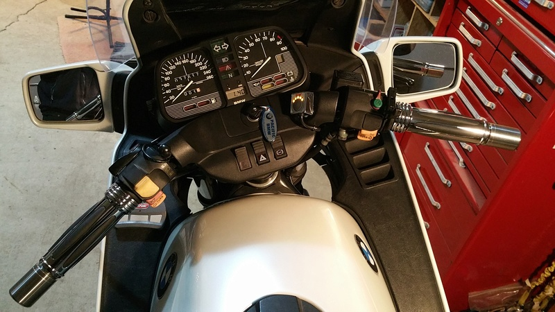 Looking for a set of heated grips Heated11