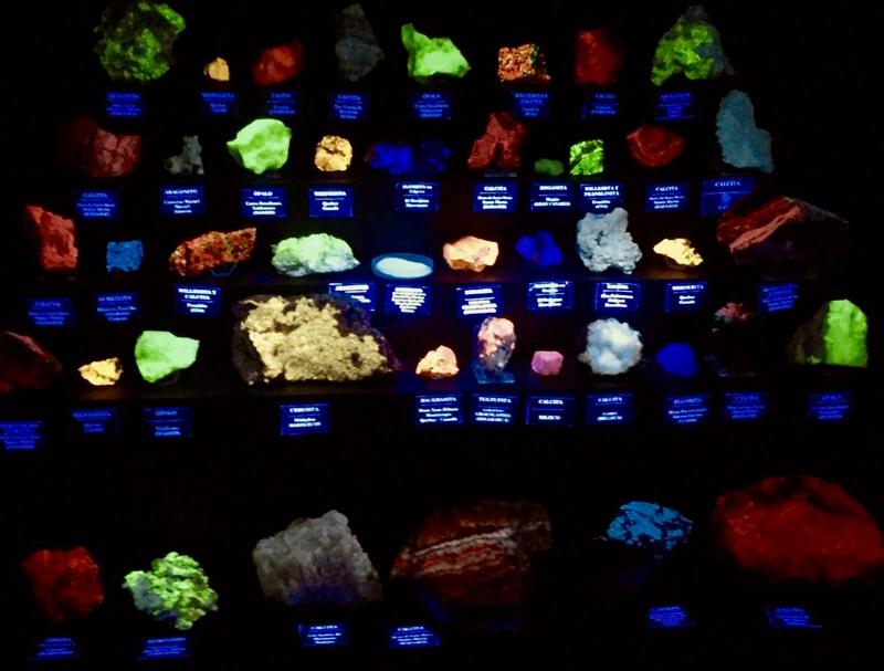 Colección de Minerales Fluorescentes - Página 6 Fullsi73