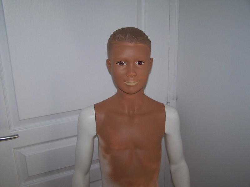 TUTO : peindre un visage de mannequin 100_8916