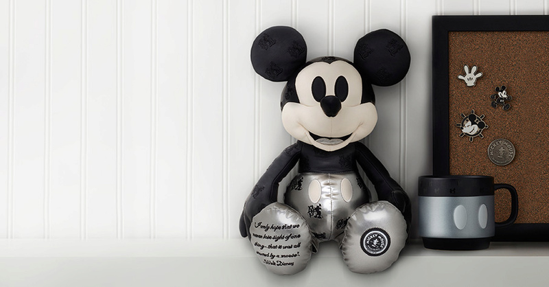 "Mickey Mouse Memories Collection (""Souvenirs de Mickey Mouse"") Januar10"
