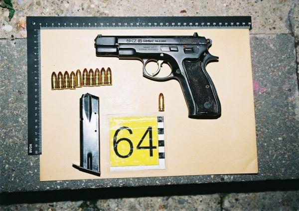 Photo's of mass murderer's weapons Harman10