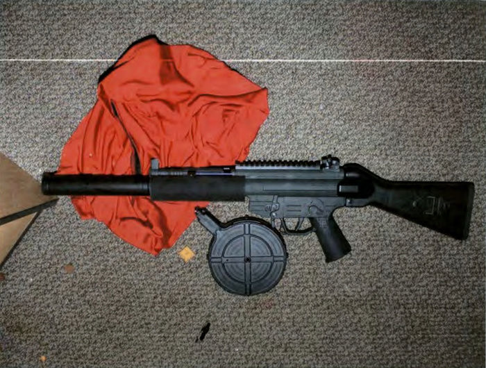 Photo's of mass murderer's weapons - Page 2 Jamess12