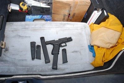 Photo's of mass murderer's weapons - Page 2 Loughn23