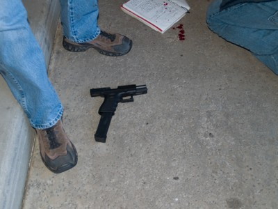 Photo's of mass murderer's weapons - Page 2 Loughn25
