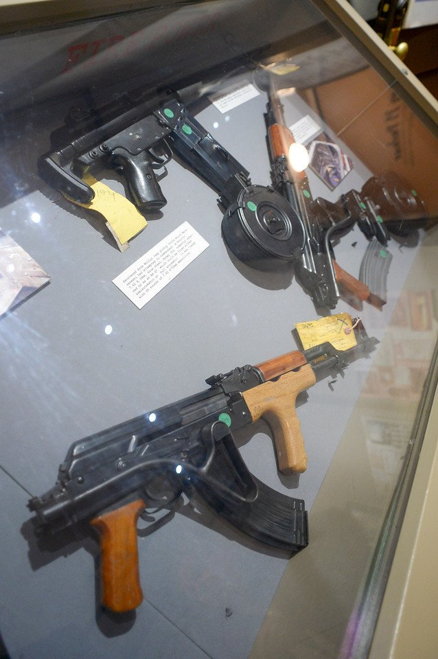 Photo's of mass murderer's weapons - Page 2 Northh13