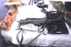 Photo's of mass murderer's weapons - Page 2 Watt310