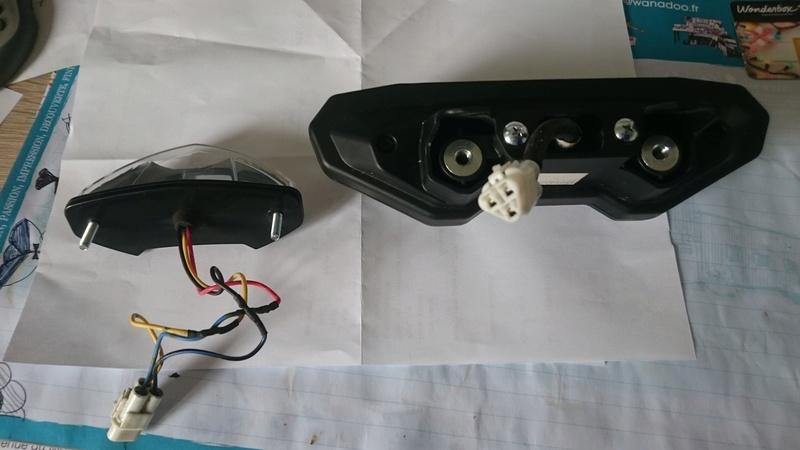 Remontage feux arrière origine MT09 Feux10