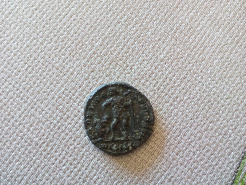 AE3 de Valentiniano I. GLORIA ROMANORVM. Siscia Img_2021
