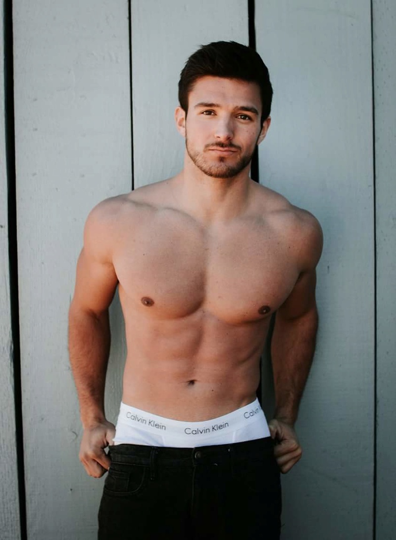 Cody Ondrick (USA 2017) Fb_im162