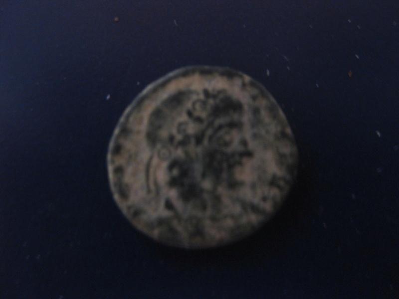 AE4 de Constancio II. SECVRITAS REIP. Roma Img_4924