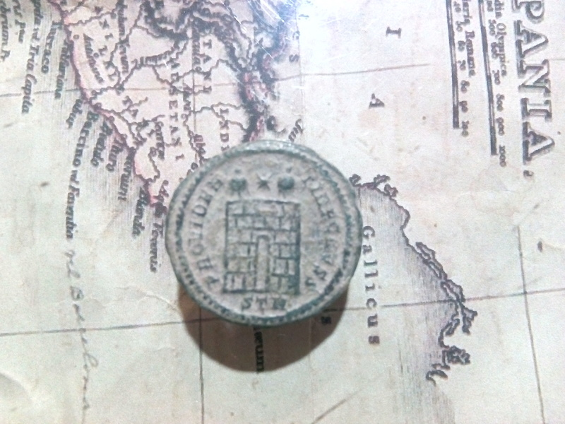 AE3 de Constantino II. PROVIDENTIAE CAESS. Trier Img_2011