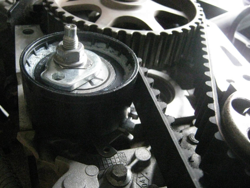 [ Renault Twingo 1.2 ess 2008 moteur D4F 702 ] Panne moteur décalage courroie distribution (résolu)  Photo_10