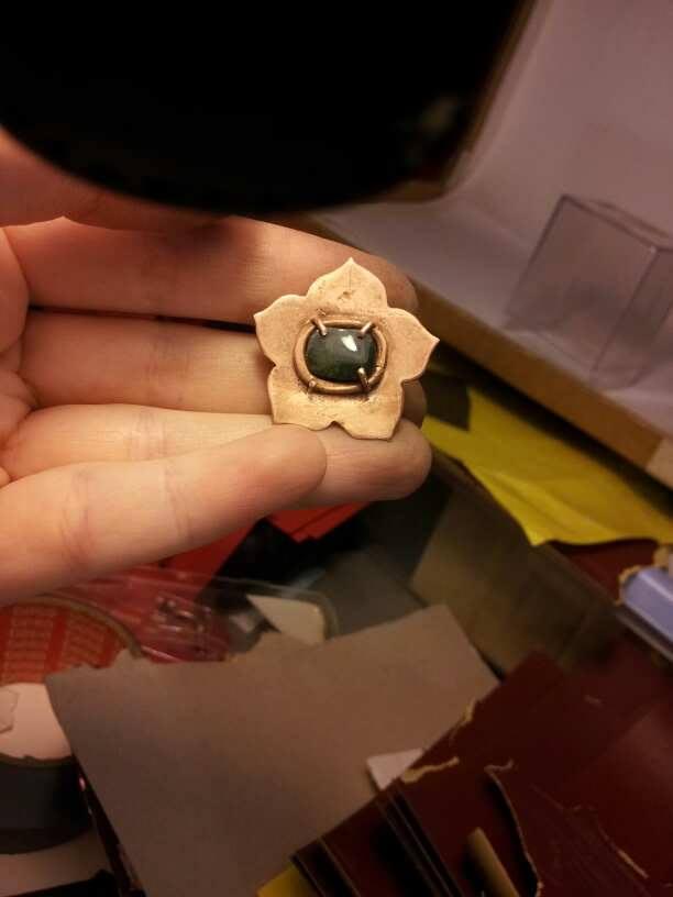 1er sertis griffe - WIP d'un pendentif raté fleur en cuivre 23804311