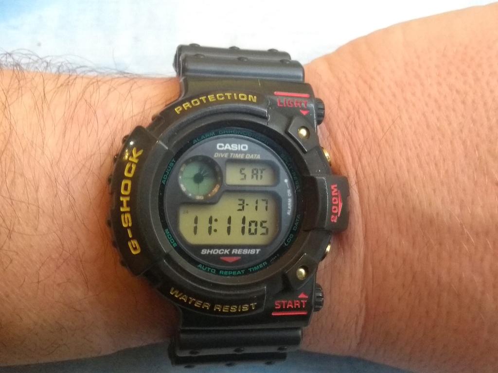 ¿Que reloj llevamos hoy? - Página 6 Img_2010