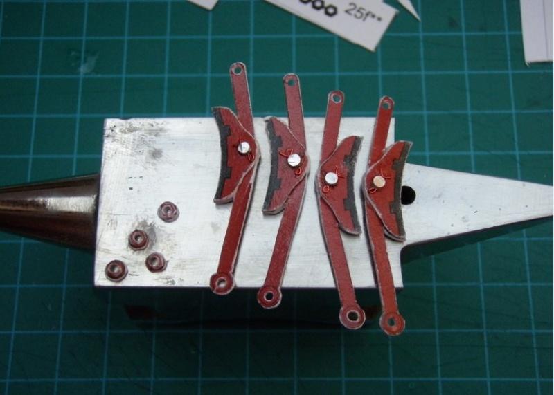 Kartonbauerstlingswerk T-3 von Modelik  1:25 006_br10