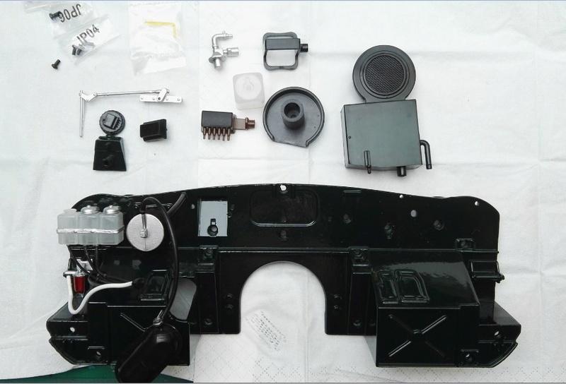 Der Jaguar E-Type von DeAgostini in 1:8 - Seite 4 095_ba10