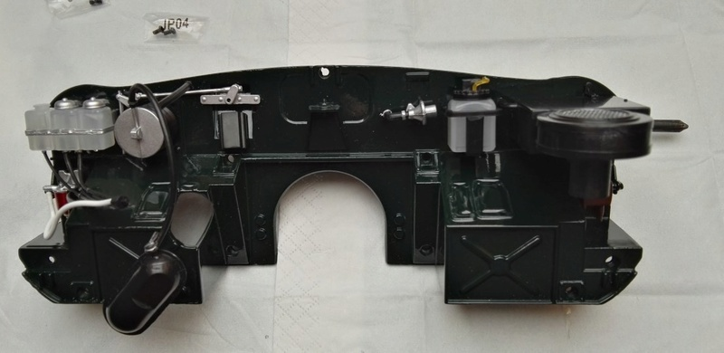 Der Jaguar E-Type von DeAgostini in 1:8 - Seite 4 097_ab10