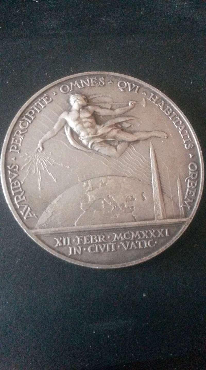 Medalla de otro Papa 20180221