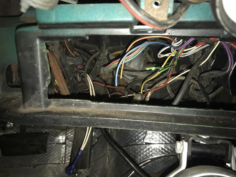 Wanted: 73-77 Chevelle/Malibu Rectangular Speedometer Gauge Cluster Bnl0fv10