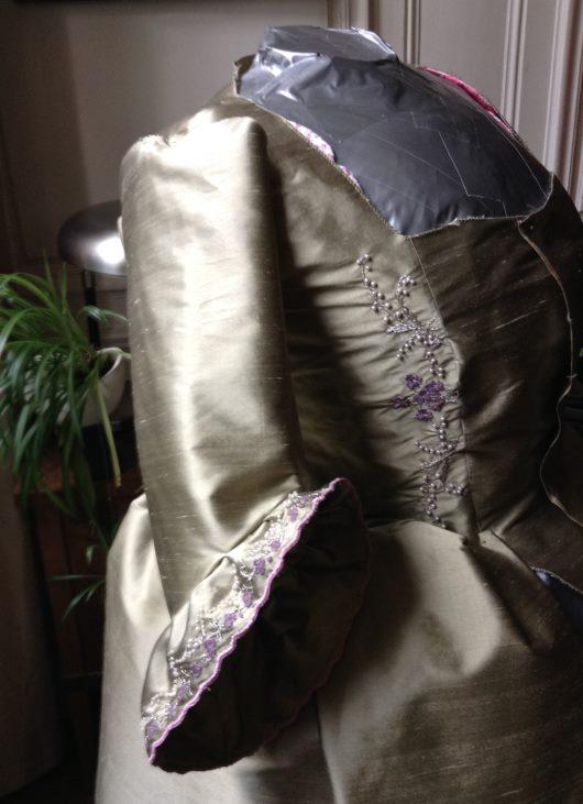 Robe muguet et violettes Img_0912