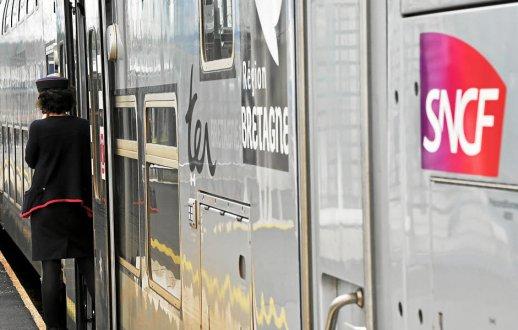 Gare de  Châteaulin : vers la suppression du poste de vendeur Gare-s10