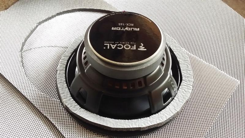 [Juju06] DS3 VTI 120 Gris Thorium/Rouge Carmen 20171244