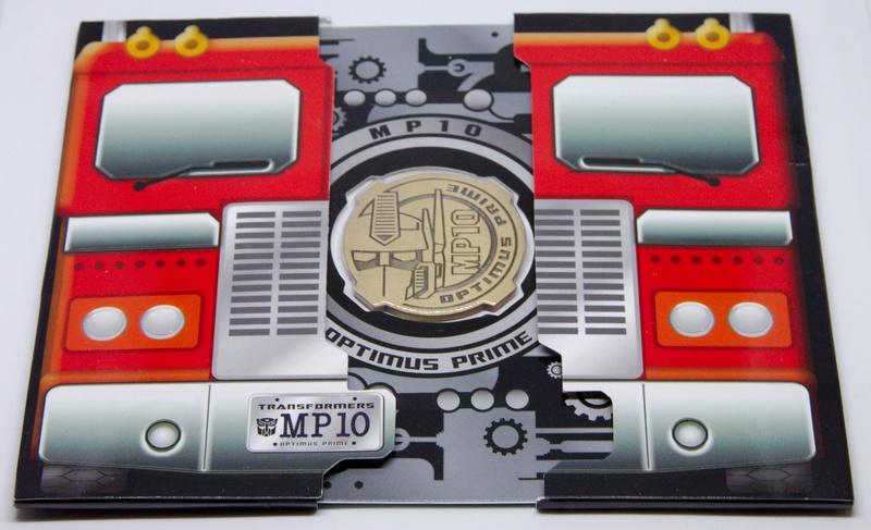 Médailles et bonus TT ASIA Transformers Masterpiece Mp-10_12