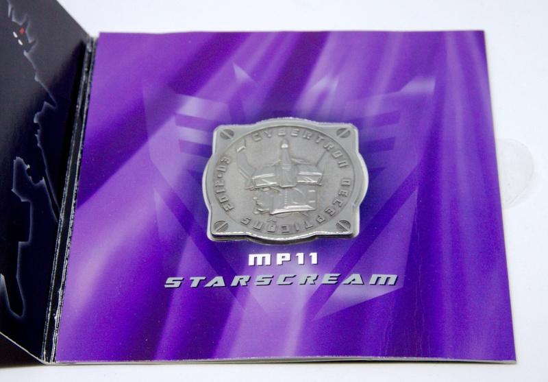 Médailles et bonus TT ASIA Transformers Masterpiece Mp-11_11
