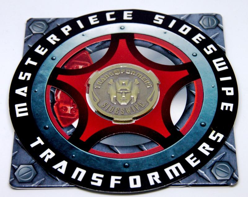 Médailles et bonus TT ASIA Transformers Masterpiece Mp-12_12