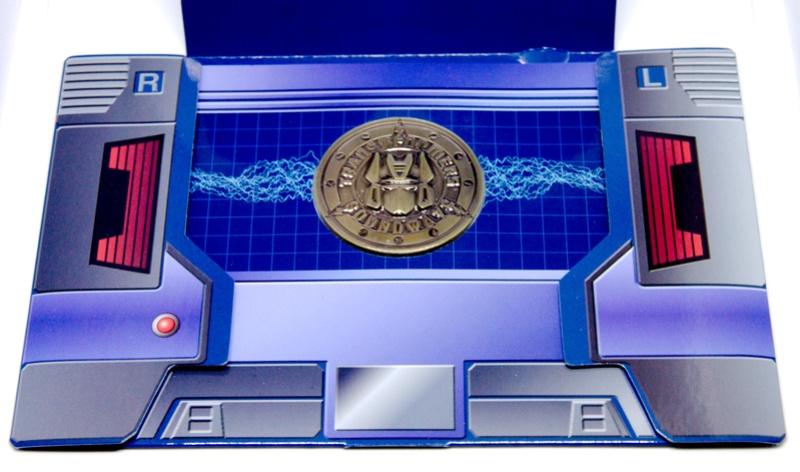 Médailles et bonus TT ASIA Transformers Masterpiece Mp-13_10