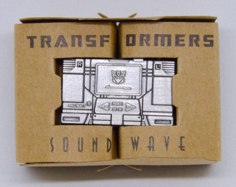 Médailles et bonus TT ASIA Transformers Masterpiece Mp-13_12