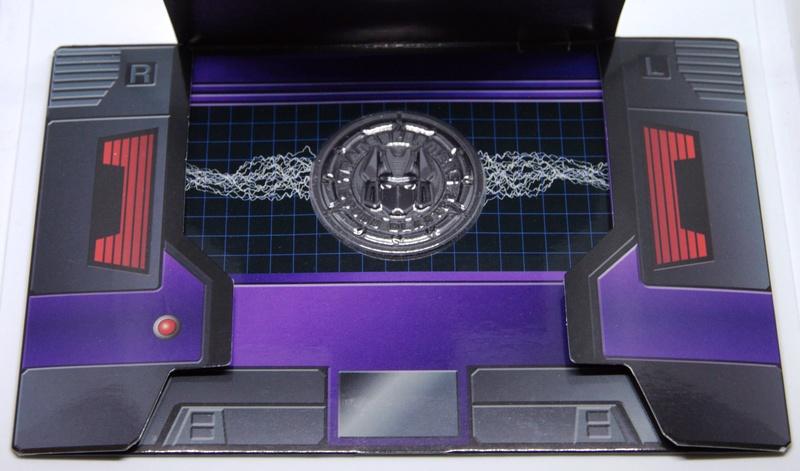 Médailles et bonus TT ASIA Transformers Masterpiece Mp-13b10