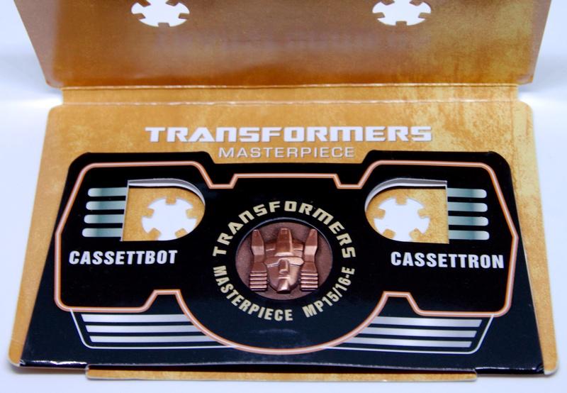 Médailles et bonus TT ASIA Transformers Masterpiece Mp-15110