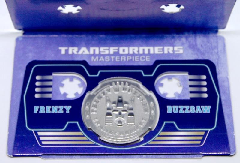 Médailles et bonus TT ASIA Transformers Masterpiece Mp-16_11